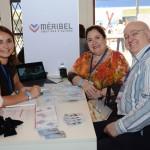 Elsa Lavanant, da Méribel, com Denise e Armindo Zunder, da Check In Viagens
