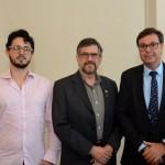 Felipe Toni e Ney Carlos, da Prefeitura de Bertioga, com  Gilson Machado Neto, presidente da Embratur