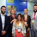 Francisco Escobar e Patricia Mejias, da Oceania Hotels, com Caroline Putnoki, Chloé Salvador e Fernando Santos, da Atout France