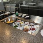 É possível pedir tapioca e omelete durante o café da manhã