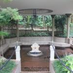 Na área externa do SPA, é possivel fazer tratamento de lama gratuito