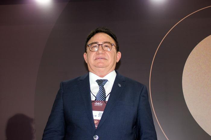 Manoel Linhares, Presidente da ABIH