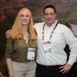 Lina Nell, da Newmark Hotels e Jason Wertmuller, da Airlink