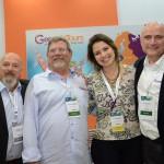 Nelson Rozenbaum, Alex Cherzman e Enio Stelmach, da Genesis Tours, com Carolina Dias, do Turismo de Israel