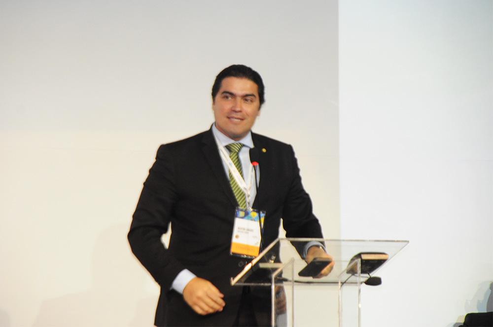 Newton Cardoso, presidente da Comissão de Turismo da Câmara