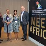 Ntshikiwane Joseph Mashimbye, da Embaixada da África do Sul, Zuks Ramasia, CEO da SAA, Pumla Luhabe, commercial da SAA, e Altamiro Medici, diretor da SAA no Brasil