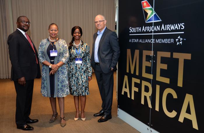 Ntshikiwane Joseph Mashimbye, da Embaixada da África do Sul, Zuks Ramasia, CEO da SAA, Pumla Luhabe, commercial da SAA, e Altamiro Medici, diretora da SAA no Brasil