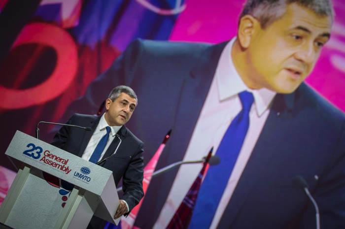 Secretário-geral da OMT, Georgian Zurab Pololikashvili, durante a abertura da Assembleia Geral (Reprodução Twitter)