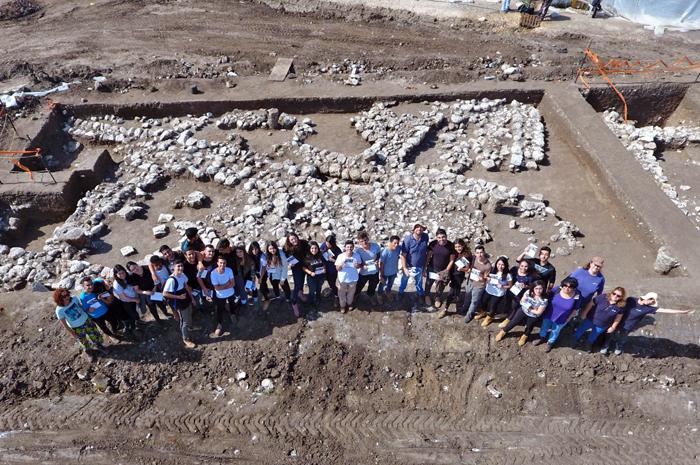 Cerca de 6 mil habitantes moravam nessa que é a maior cidade descoberta por escavações em Israel e região