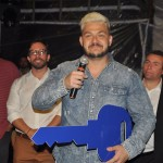 Fabrício Medeiros, da Home Tour, discursa emocionado após ser anunciado como vencedor