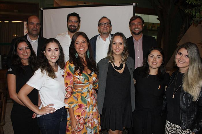 Flavio Policarpo com equipe da Velle Representações
