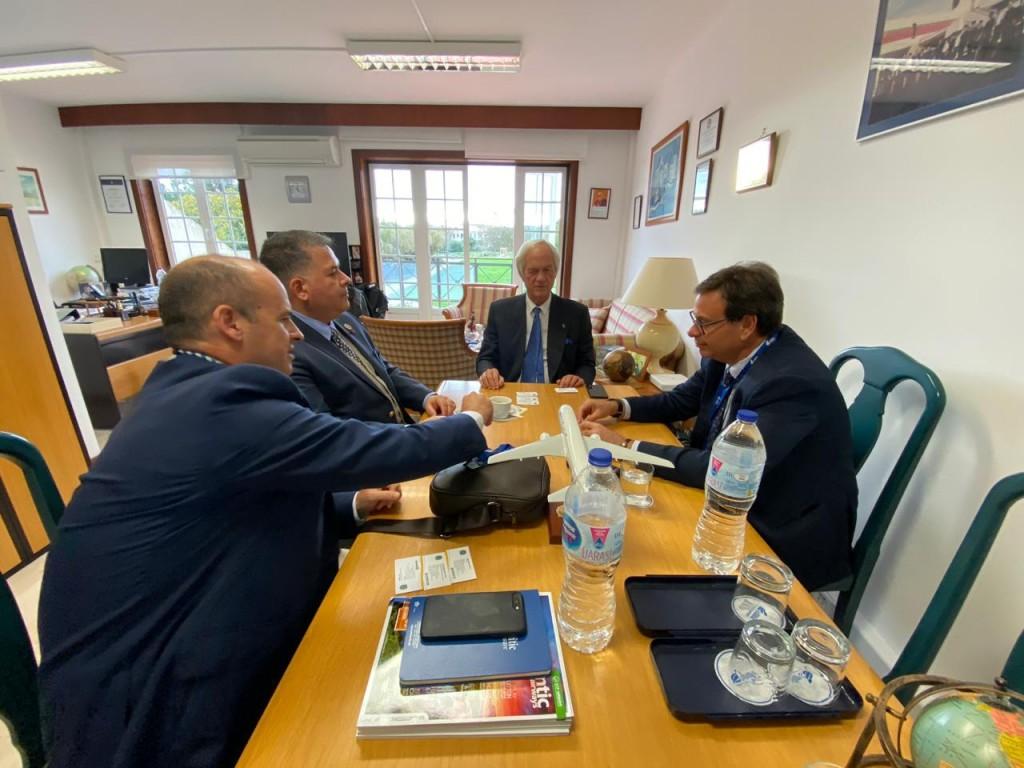 Gilson Machado e Osvalto Matos, da Embratur, em reunião com Tomaz Mettelo e Eugenio Fernandes