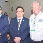 Governador da Paraíba, João Azevêdo, Manoel Linhares, presidente da ABIH Nacional, e  Roy Taylor, presidente do M&E