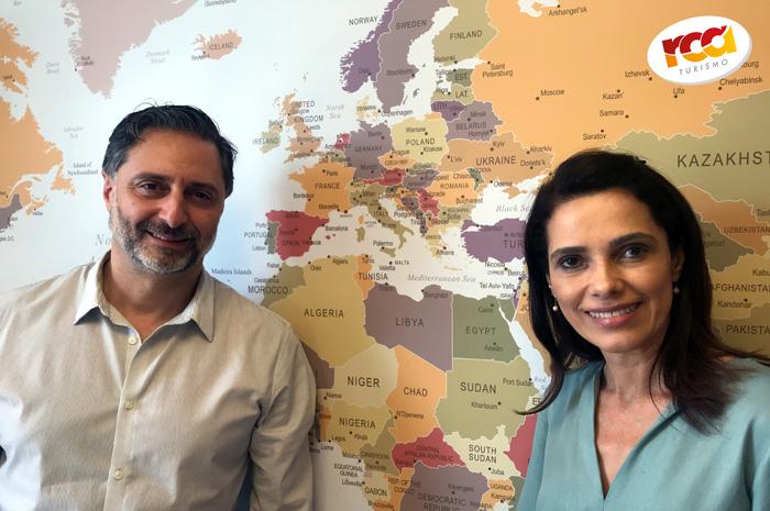 Mauricio Alexandre dá boas-vindas a Cristina Krenke ao time comercial da RCA Operadora