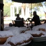 Os tradicionais beignet do Café Du Monde