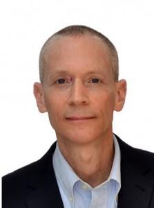 João Paulo é formado em administração de empresas pela Fundação Getúlio Vargas