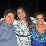 Julia Meira, da Azul Viagens, com Alejandro Velasquez,e Edilene Barros, da Luck