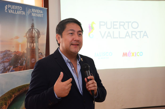 Luis Villaseñor, de Puerto Vallarta