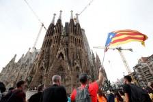 Greve na Catalunha afeta voos, cruzeiros e atrações nesta sexta-feira (18)