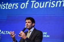 """Após """"vetos necessários"""", ministro do Turismo promete nova MP sobre IRRF"""