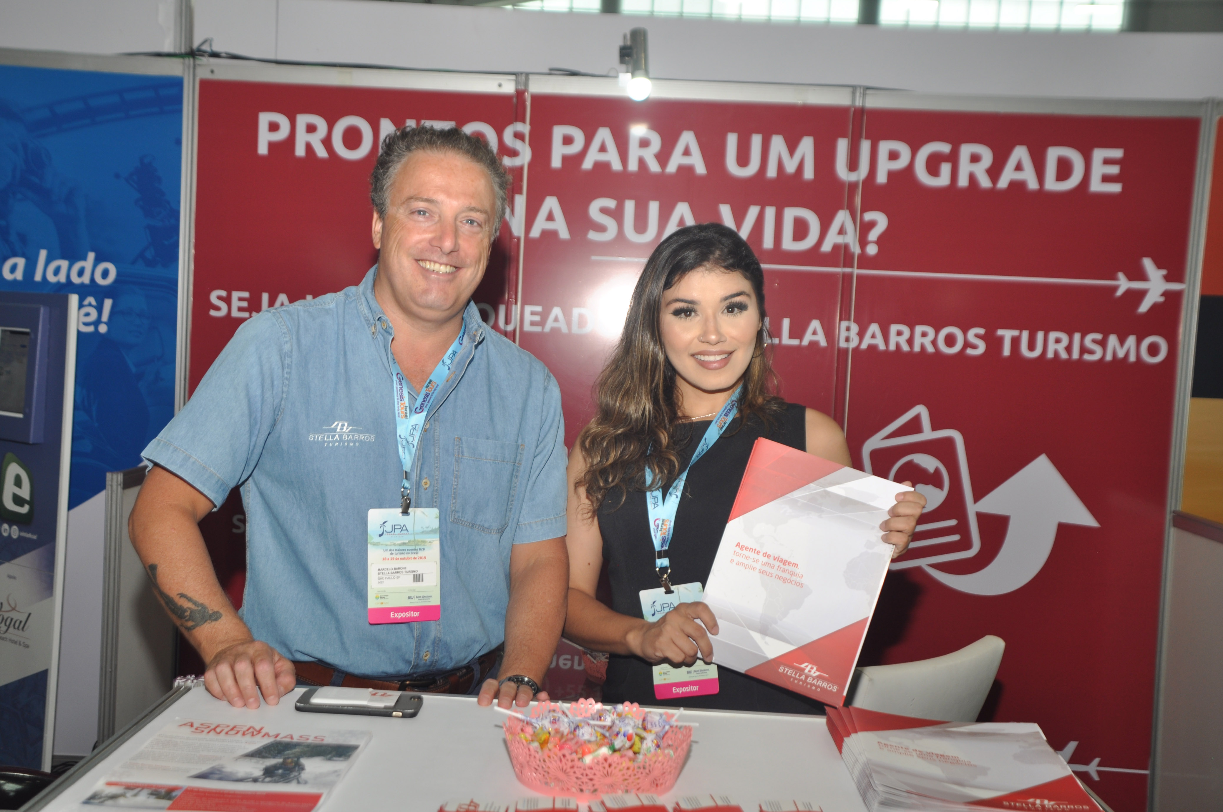 Marcelo Barrone e Renata Figueiredo, do Stella Barros Turismo
