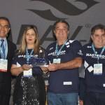 Masterop recebe troféu durante a solenidade de abertura do JPA Travel Market