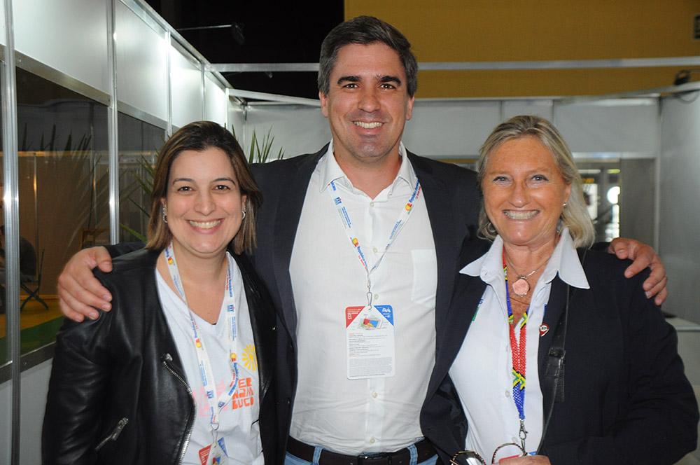 Milu Megale, da Empetur, Antonio Baptista, secretário executivo de Turismo de PE, e Rosa Masgrau, do M&E