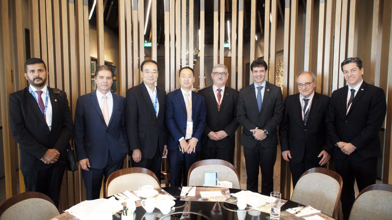 Ministro se reuniu com empresários chineses (Foto: Helano Stuckert/MTUR)