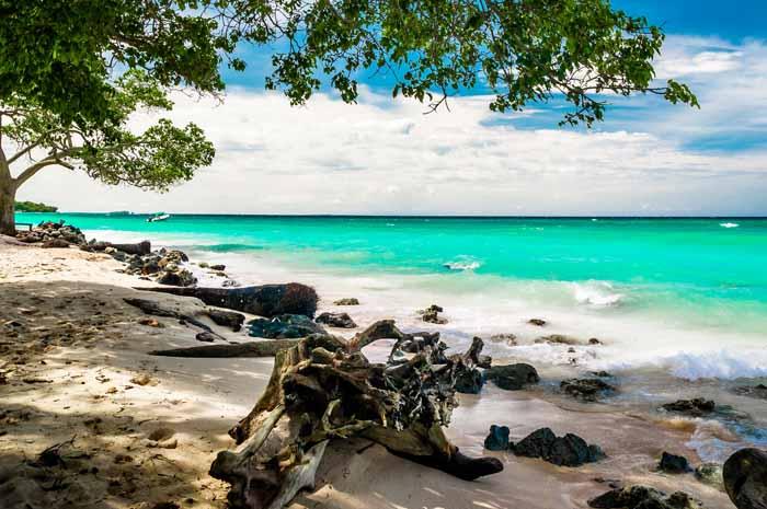Playa Blanca, em Baru, na Colômbia.