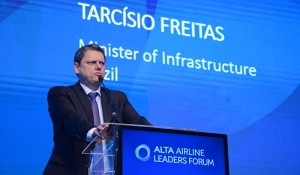 """""""Atração de investimentos também depende de ambiente jurídico adequado"""", avalia Tarcísio Freitas"""