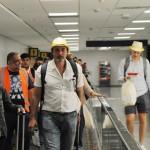 Todos ganharam um chapéu da Flybondi como souvenir do voo inaugural