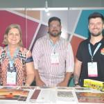 Vania Climinacio, Alex e Bruno Carraro, do Instituto Curitiba Turismo