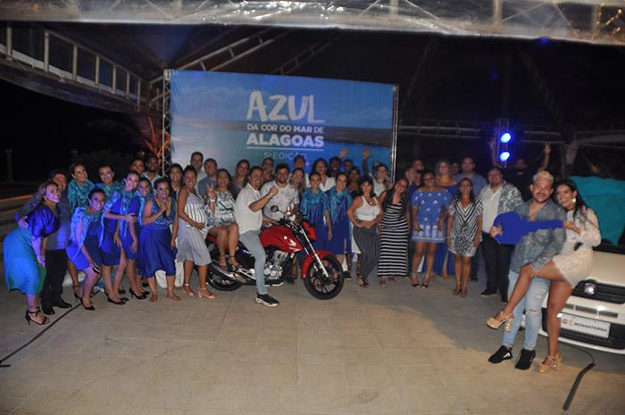 Vencedores da campanha Azul da cor do mar de Alagoas comemoraram