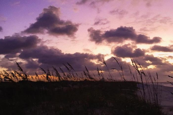Praia na cidade de Gulf Shores no Alabama