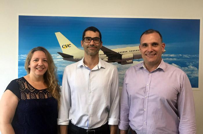 Flavia, Gerente de vendas filial junto com Eder Lopes executivo de vendas e Mauricio Xavier, Gerente Comercial do Interior de São Paulo