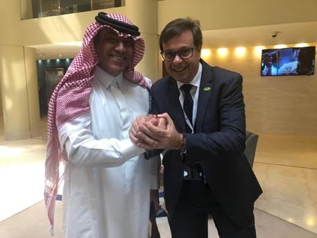 Gilson Machado, da Embratur e Abdulaziz Almulhem, Ministro do Turismo da Arábia Saudita