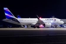 Latam inicia voos entre Brasília e Santiago
