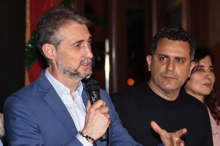 Giancarlo Alcalai, da Amaszonas no Brasil, e Gilmar Piolla, secretário de Turismo Indústria, Comércio e Projetos Estratégicos