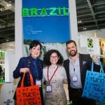 Cristina Adams e Ricardo Diniz, da TAP, com Bethise Cabral, da Embratur-RN