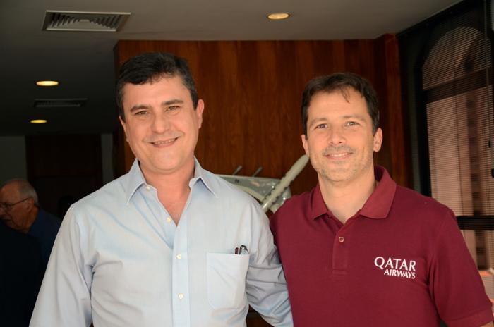 Adriano Soares, do Turismo de Aruba, e Guy Tible, da Qatar