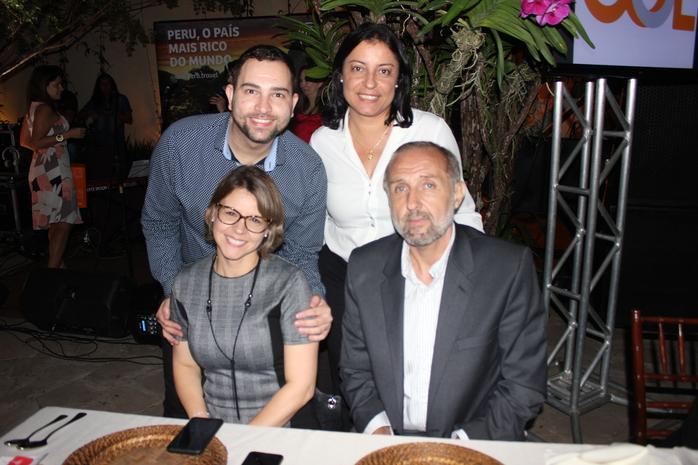 Alan Oliveira, Viviane Simão, Luciana Longo e Gustavo Esúsy da Avianca