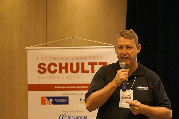 Aroldo Schultz, presidente d Schultz