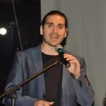 Ator, cantor e compositor, Gabriel Sater, apresentou o prêmio