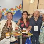 Barbara Ronchi e Lara Siqueira, da Journeys com buyers internacionais no Visit Pernambuco