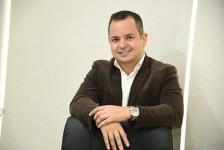 Daniel Santos deixa a sociedade do Grupo Salvatur e passa a se dedicar à Nacional Inn Hotéis