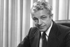 Fundador da Royal Caribbean morre aos 87 anos