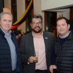 Frederico Levy e Roberto Nedelciu, da Braztoa, e Pablo Zabala, da Discover