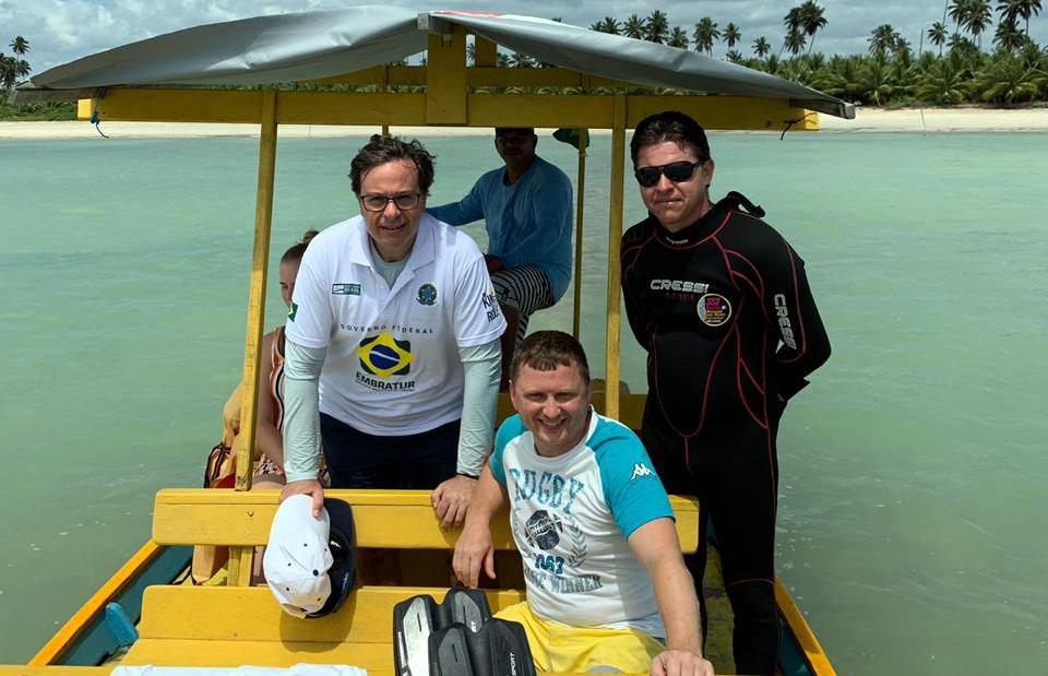 Gilson Machado Neto visitou a APA Costa dos Corais