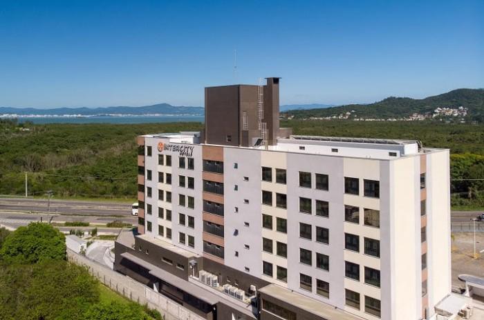 Hotel Intercity Portofino passa a operar em Florianópolis