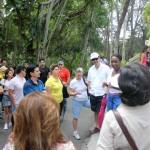 A guia local explicou um pouco da história do escritor e do seu sitio localizado em Finca Vigia